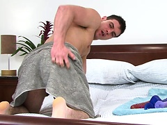 Brunette stud jerking off his love tool. Posted by: English Lads