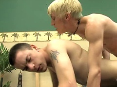 Ian Rides Thomas Hard. Posted by: Bare Twinks