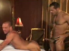 Jeremly Bilding's Heated Up -- All Worlds Video. Posted by: Naked Sword