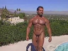 Voluptuous hot bodybuilder shaving his chest, legs & balls. Posted by: Colt Studio
